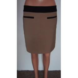 Next oříšková zimní sukně...