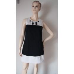 Krátké černobílé šaty s...