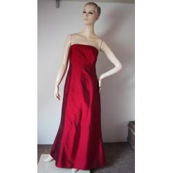 Luxusní hedvábné rudé šaty...