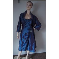 Modré společenské šaty...