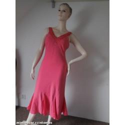 Précis petite korálové šaty...