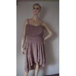 Prachově růžové šaty s...