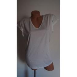 Lola espeleta bílé triko...