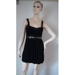 Černé tričkovinové šaty s...