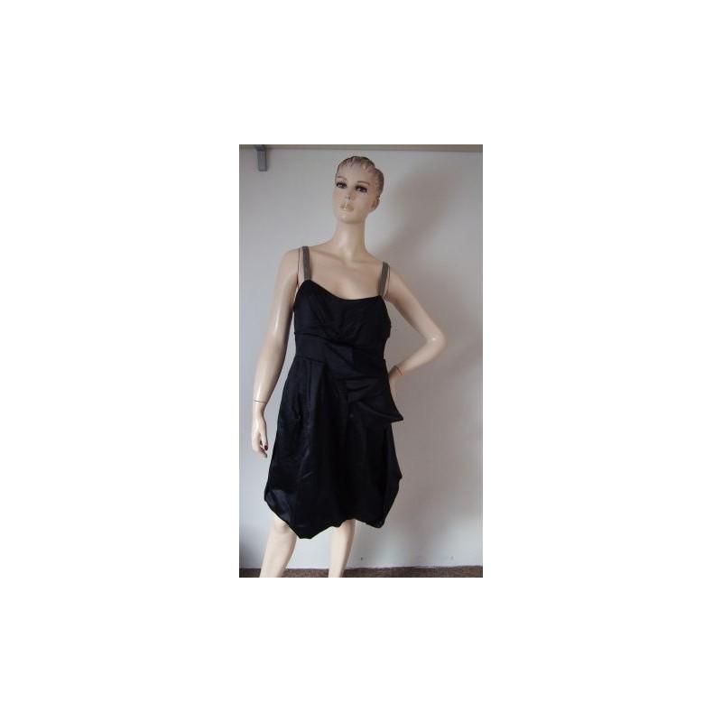 050c2df12c49 Černomodré luxusní šaty z překrásného saténu. Jako nové. S jemnou  podšívkou. V zádech je zip. Látka je černá